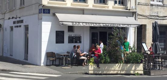 Bar creperie du vieux port la rochelle restaurant reviews phone number photos tripadvisor - Parking du vieux port la rochelle ...
