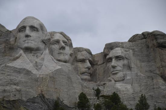 B ffelburger picture of mount rushmore national memorial for Mount rushmore history facts