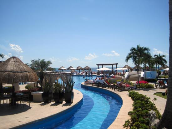 Endless pools  Picture of Moon Palace Golf & Spa Resort