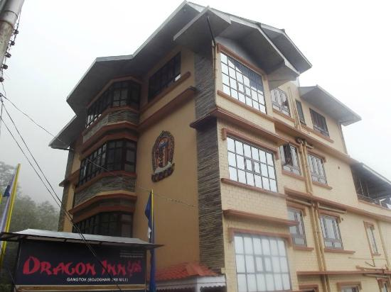 Hotel Dragon Inn