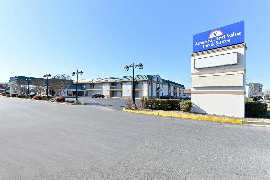 Americas Best Value Inn & Suites- Lexington Park
