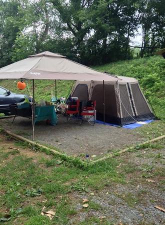 Natural Bridge Station, VA: Area big enough for 8 person tent and canopy