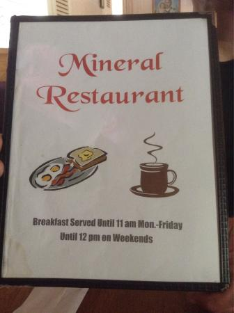 Mineral, VA: This is a great little mom and pop old fashion restaurant!