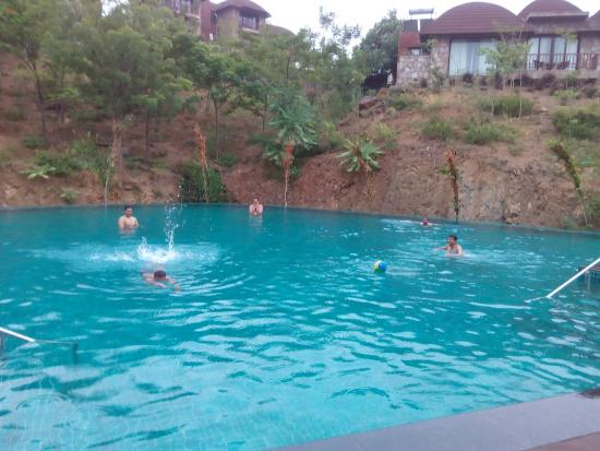 Biggest Pool In A Valley I Have Ever Seen Picture Of The Ananta Udaipur Udaipur Tripadvisor