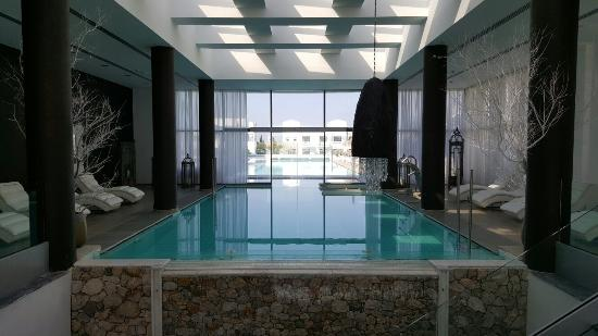 piscine int rieure picture of diamond deluxe hotel kos town tripadvisor. Black Bedroom Furniture Sets. Home Design Ideas