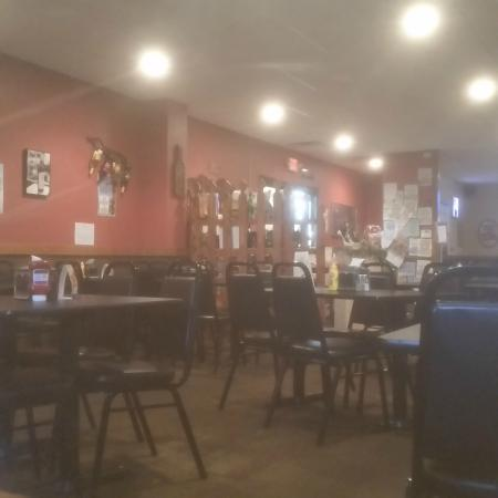 Elk Point, SD: dining area