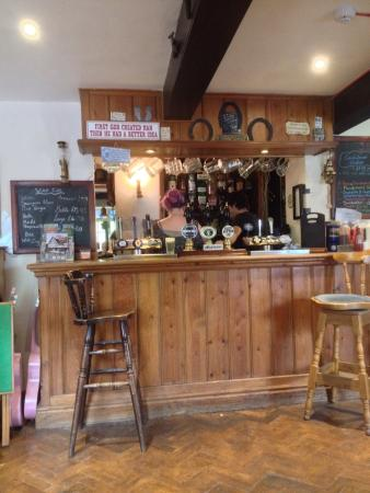 Frampton on Severn, UK: The pies, one is a steak and kidney and the other steak and landlord! The bar!