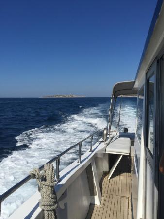 uitzicht van op de boot picture of turquoise calanques marseille tripadvisor. Black Bedroom Furniture Sets. Home Design Ideas