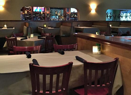 Beautiful dining area picture of bonefish grill the for Beautiful dining area