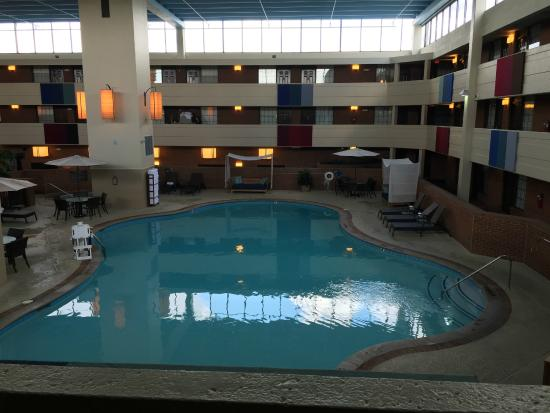 indoor pool room 2028 picture of the inn at opryland. Black Bedroom Furniture Sets. Home Design Ideas