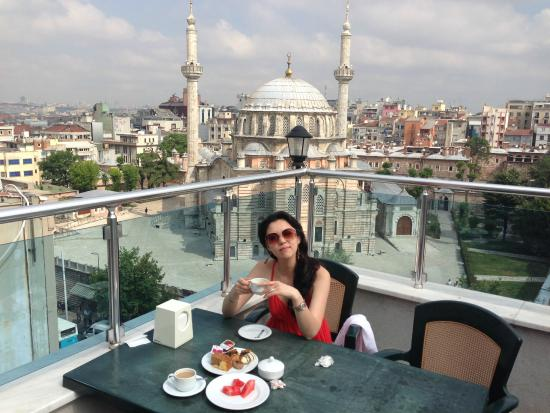 Breakfast picture of martinenz hotel istanbul tripadvisor for Cheap hotels in istanbul laleli