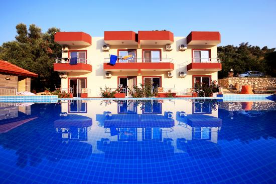 Patara Rose Pension & Apartments