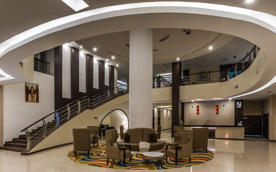 Acacia premier hotel for Hotels in kisumu with swimming pools