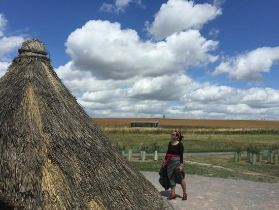The Stonehenge Tour: a home of stonehenge builder