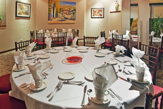Holiday Inn Chicago Carol Stream Photo Private Dining Room Available