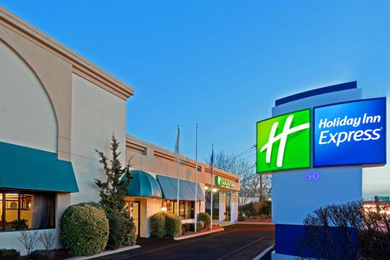 Holiday Inn Express Paramus