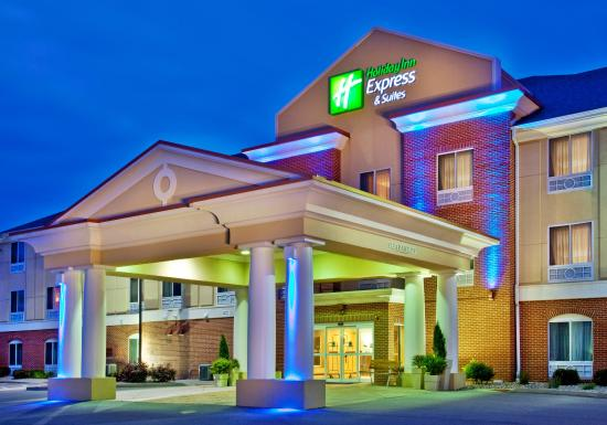 Holiday Inn Express Hotel & Suites Urbana-Champaign (U of I Area)
