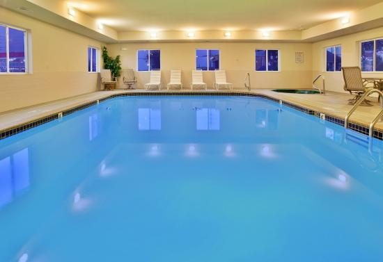 Our relaxing swimming pool for Affordable pools warrenton missouri