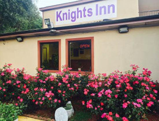Knights Inn Point South/Yemassee