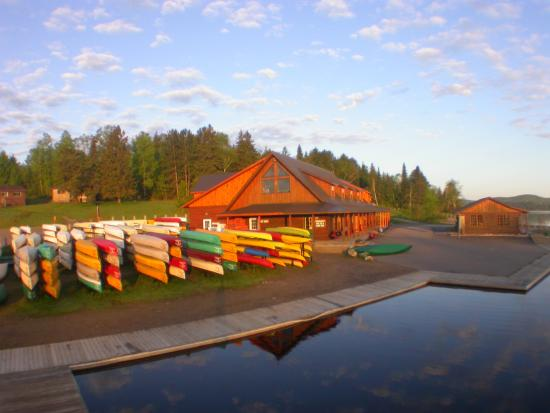 Algonquin Outfitters – Opeongo Store & Water Taxi