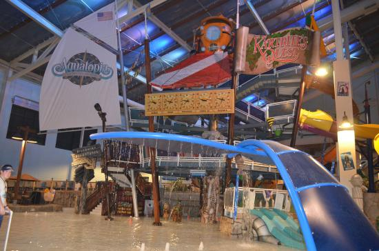 Camelback Lodge & Indoor Waterpark Photo