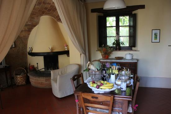 Agriturismo Cretaiole di Luciano Moricciani: One of our rooms that we occupied at Cretaiole