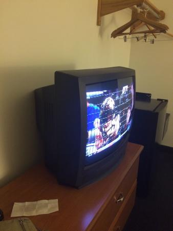 Super 8 Kingston: And this TV was in a suite!! Impressed we can get a show other than the Patridge Family, Gunsmok