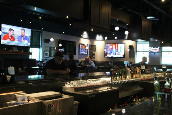 Etters, PA: The Sports Bar Side