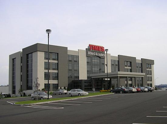 Grand Times Hotel - Quebec City Airport