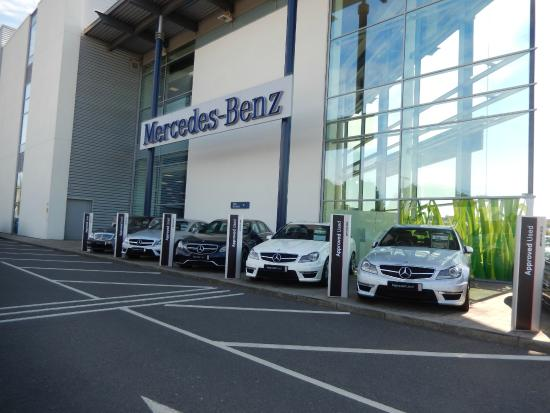The entrance to mercedes benz world for Mercedes benz surrey uk