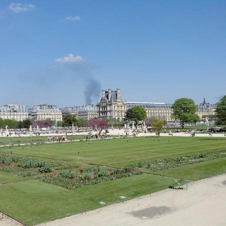 Jardin des tuileries paris france for Restaurant jardin ile de france