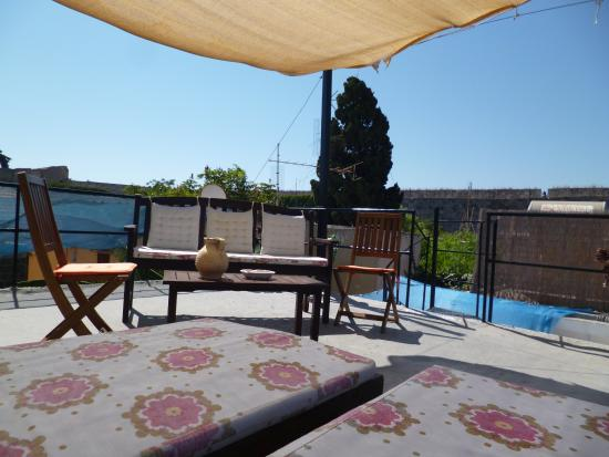 la terrasse sur le toit picture of medieval inn rhodes town tripadvisor. Black Bedroom Furniture Sets. Home Design Ideas