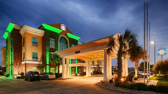 Holiday Inn Express & Suites Woodway