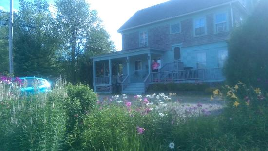 Lake Brook Bed and Breakfast