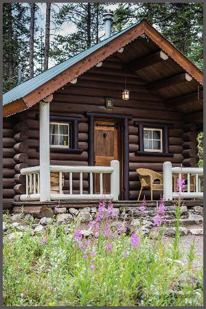 Picture Of Storm Mountain Lodge Cabins