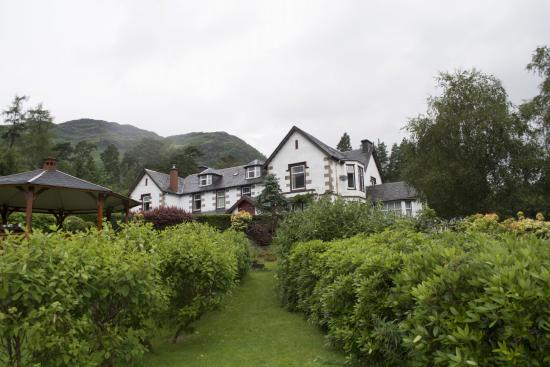 Ardlui, UK: Front of the Hotel
