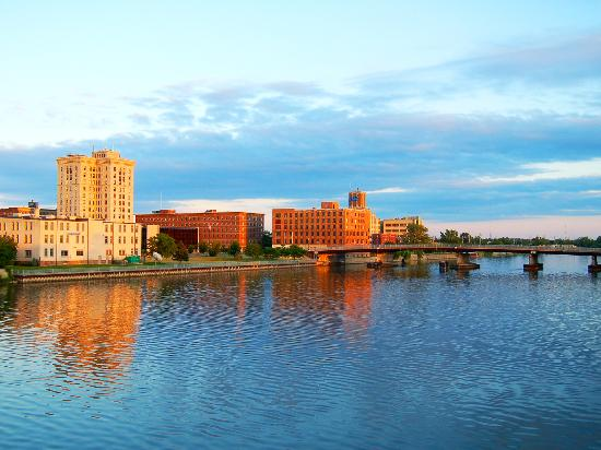 Beautiful Views of the Saginaw River
