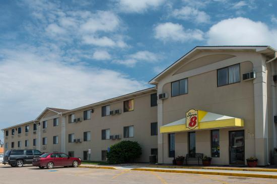 Super 8 Motel Lincoln / Cornhusker