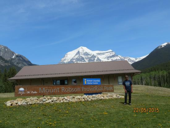 Canadian Rockies, Καναδάς: Foto tirada com o Mt. Robson ao fundo 1.