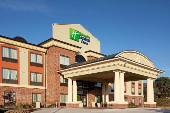 Holiday Inn Express Hotel & Suites Salem