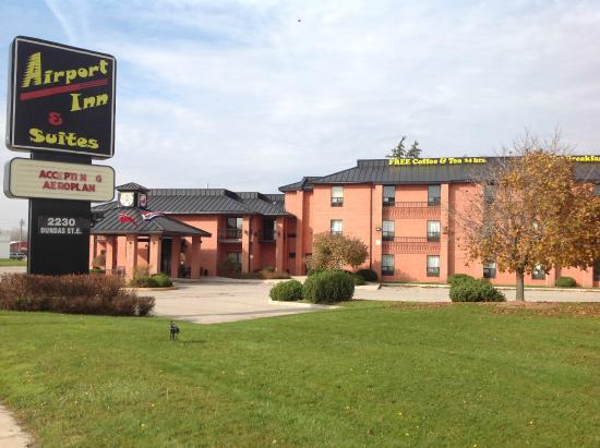 Airport Inn & Suites
