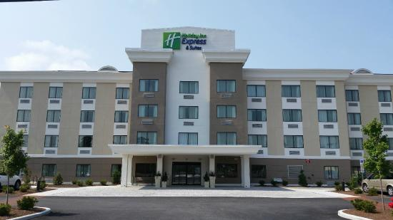 Holiday Inn Express and Suites West Ocean City Photo