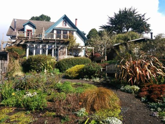 Photo of Alegria Oceanfront Inn and Cottages Mendocino