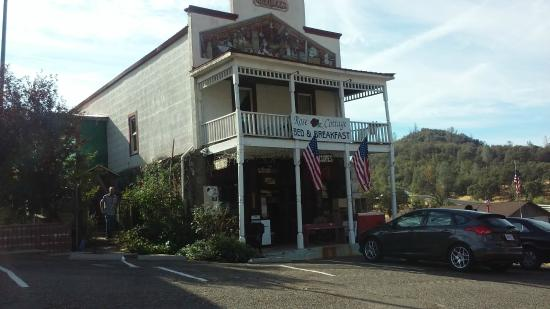 Coulterville, CA: front of the Rose