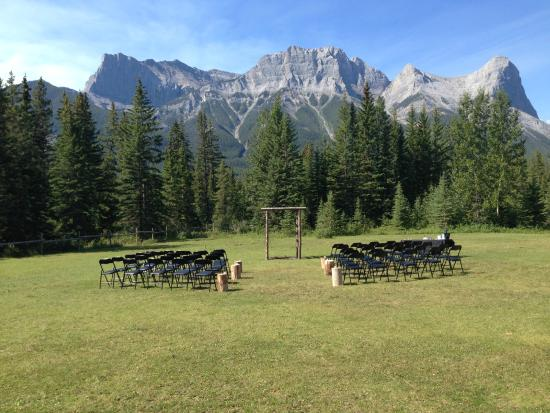 Best Bed And Breakfast In Canmore Alberta