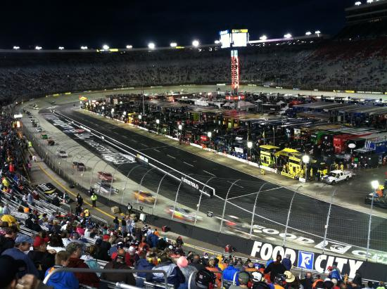 Gorgeous Track Picture Of Bristol Motor Speedway
