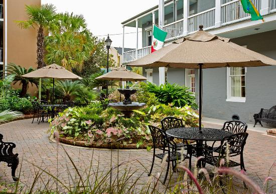 Photo of Quality Inn & Suites Maison St. Charles New Orleans
