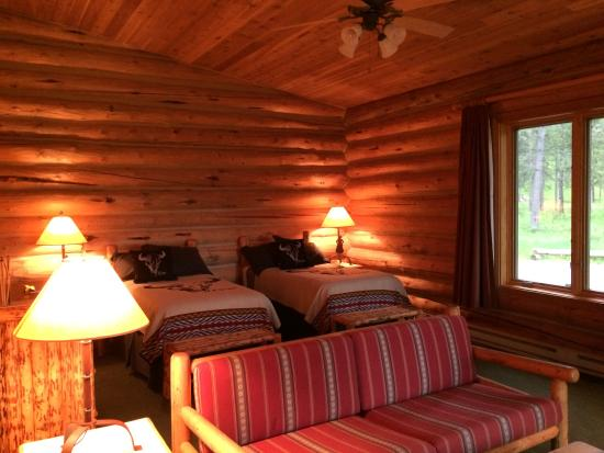 Kelly, WY: a premium lodge room