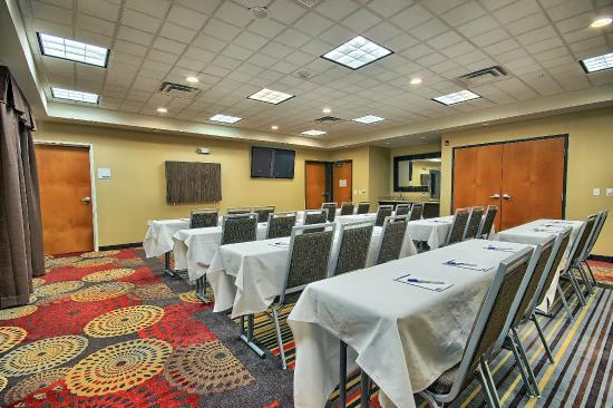 New Martinsville, WV: Meeting room