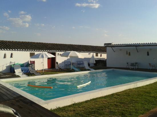 Piscina picture of monte do vale elvas tripadvisor for Piscina elvas